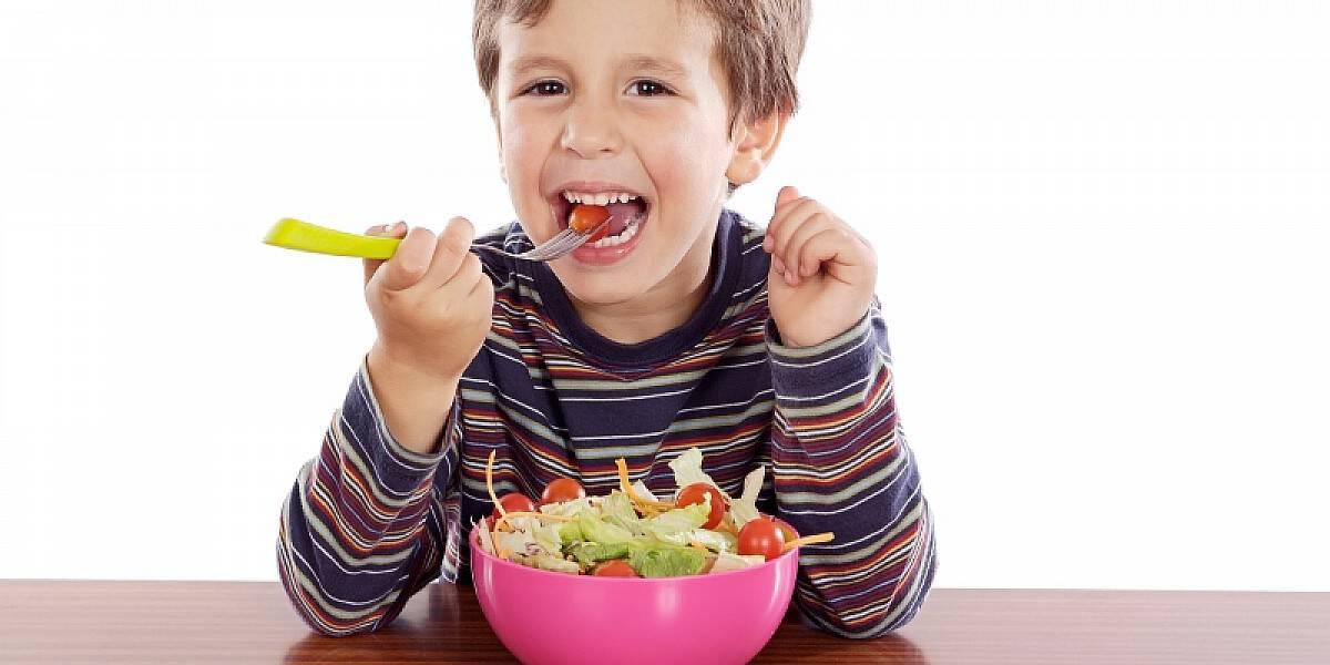 جدول إطعام الأطفال من عمر 6 شهور