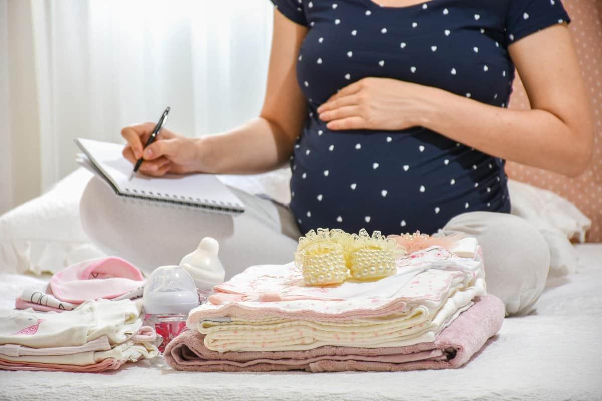 ماذا تضعين في حقيبة الولادة المخصّصة للمستشفى