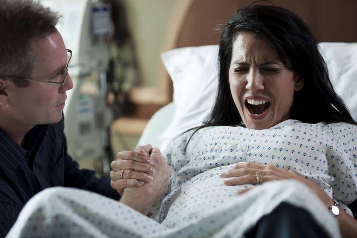 اعراض الولادة المبكرة
