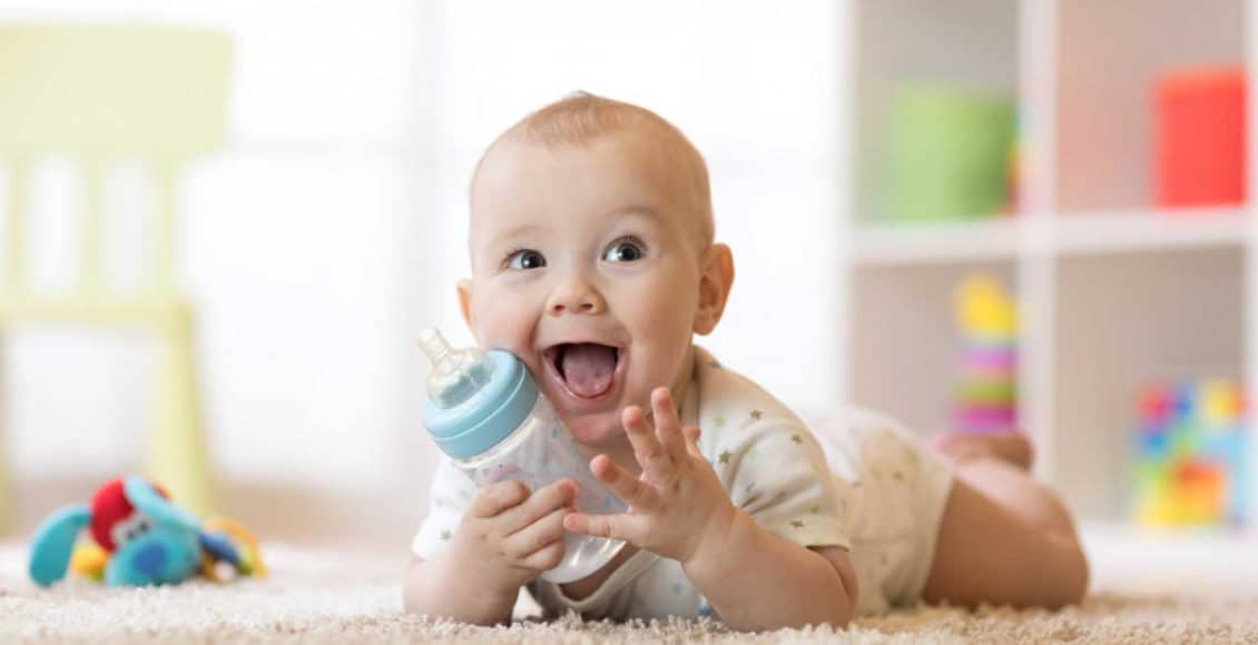 نمو طفلك في عمر السبعة أشهر