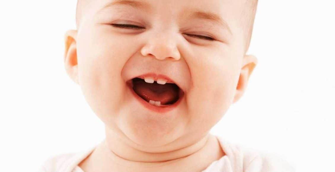 ما هي علامات التسنين عند الاطفال الرضع