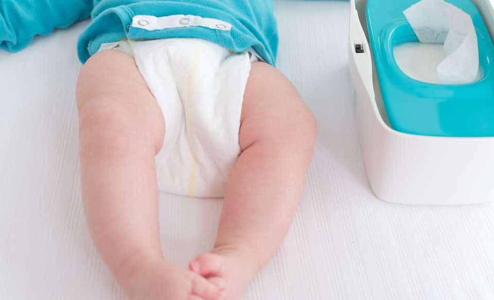 لون براز الرضيع الطبيعي
