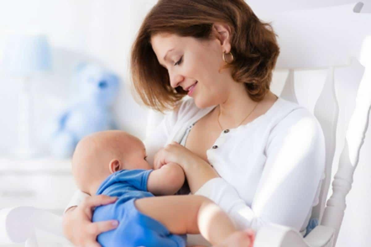 الرضاعة أثناء الحمل