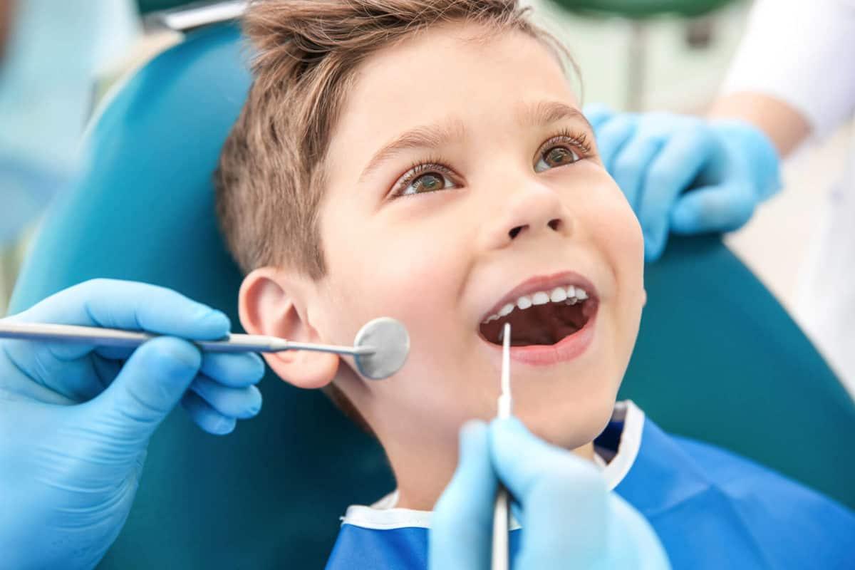 تبديل اسنان الاطفال