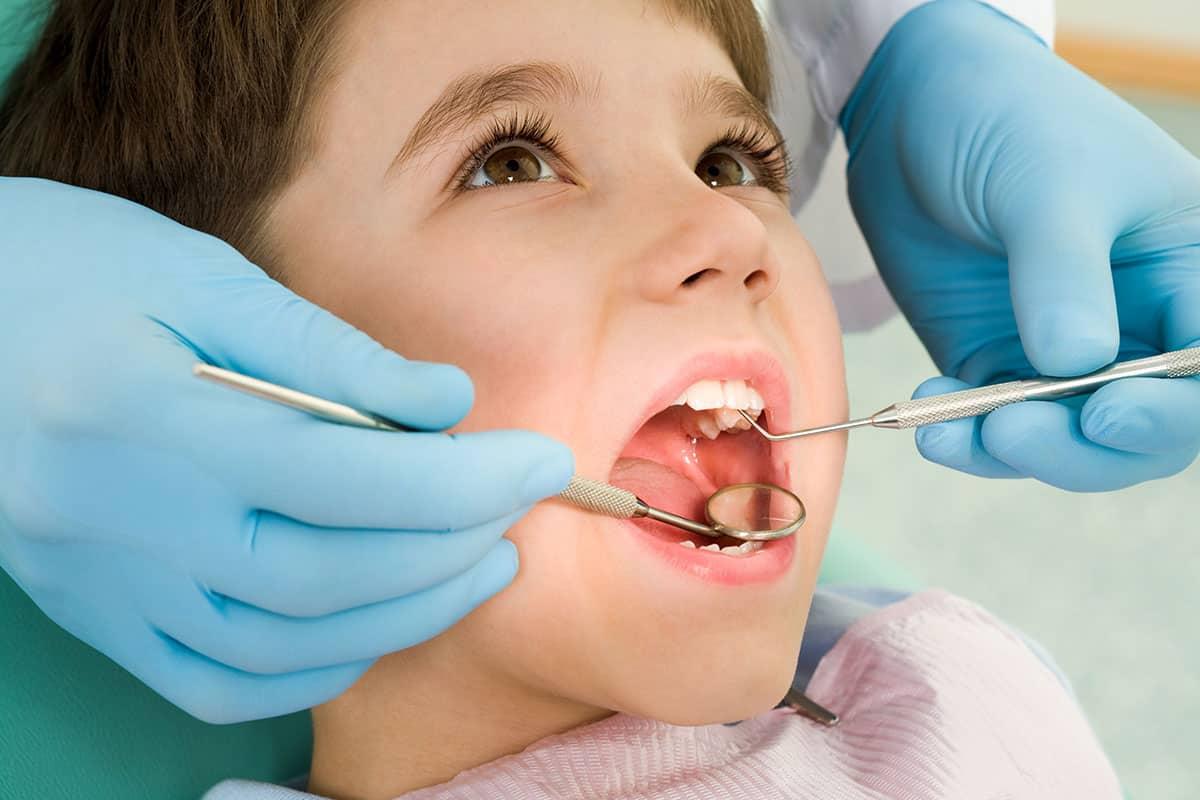 سبب اصفرار اسنان حديثي الولادة