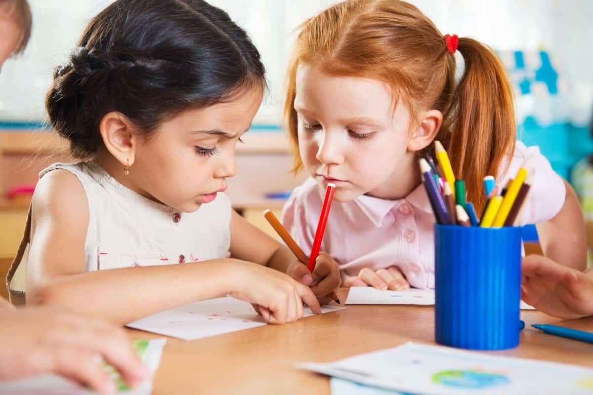 تعليم الاطفال الكتابة