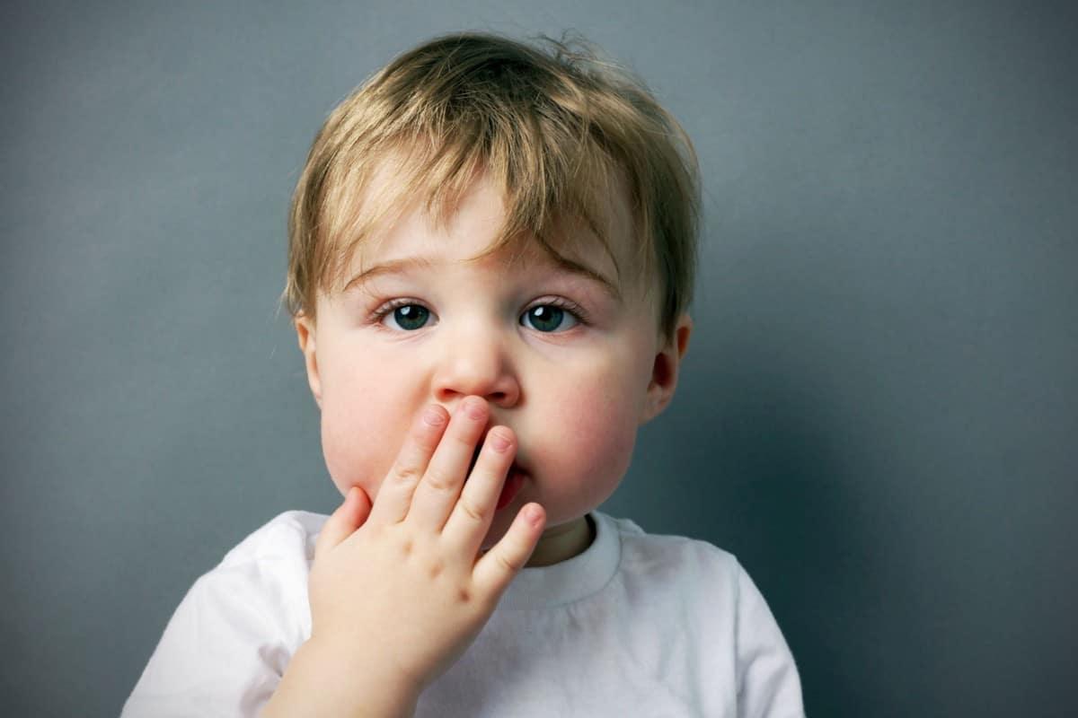 علاج اضطرابات النطق والكلام عند الاطفال
