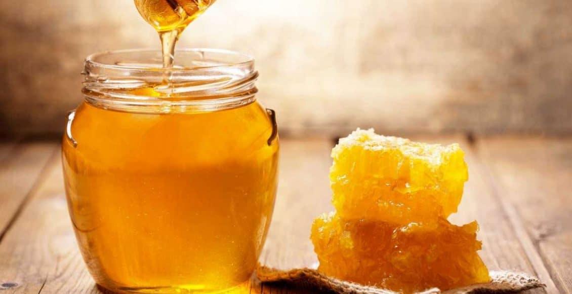 فوائد اكل العسل قبل النوم للاطفال