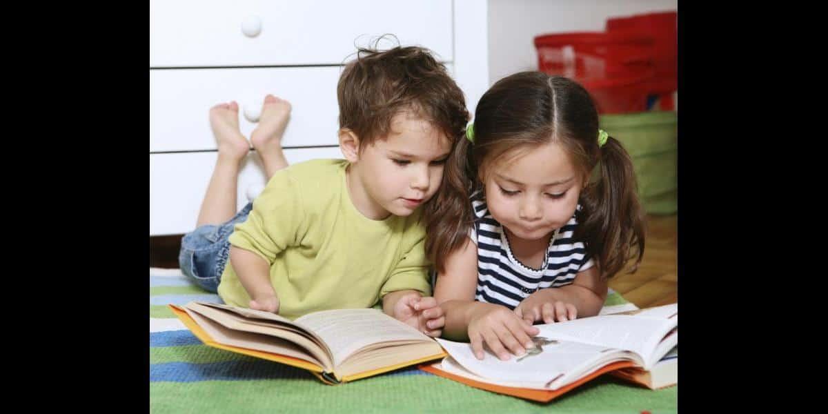 كيف أعلم طفلي القراءة السريعة
