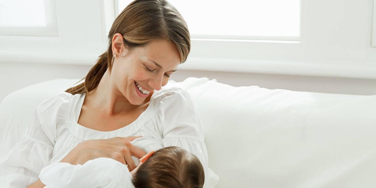 كيفية مساعدة الطفل على الرضاعة الطبيعية