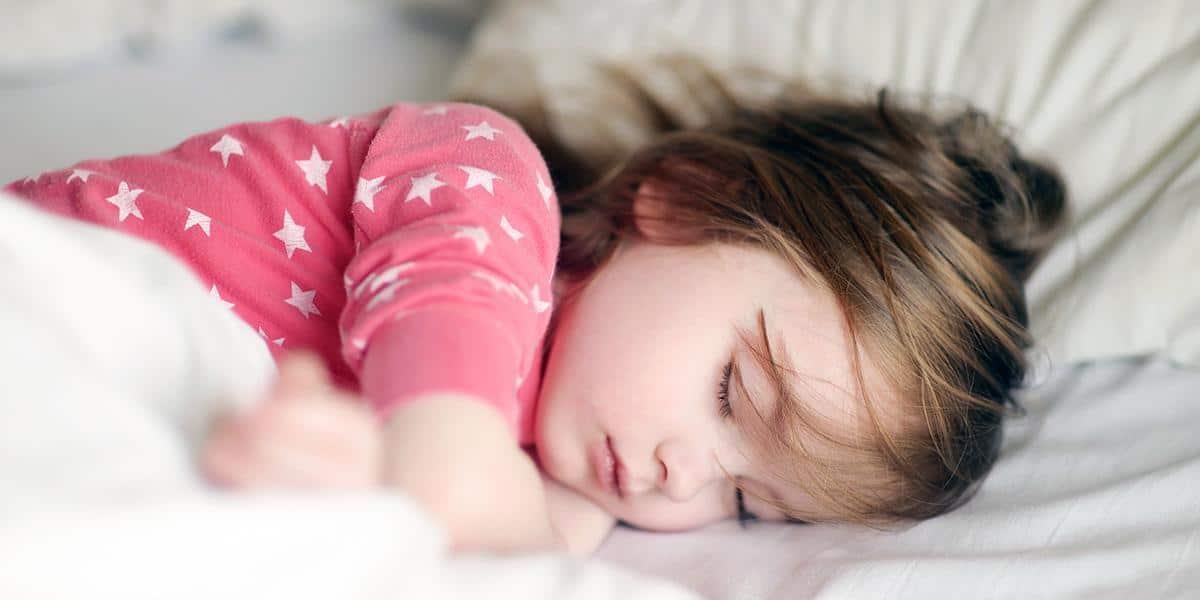دواء يساعد على النوم العميق للأطفال