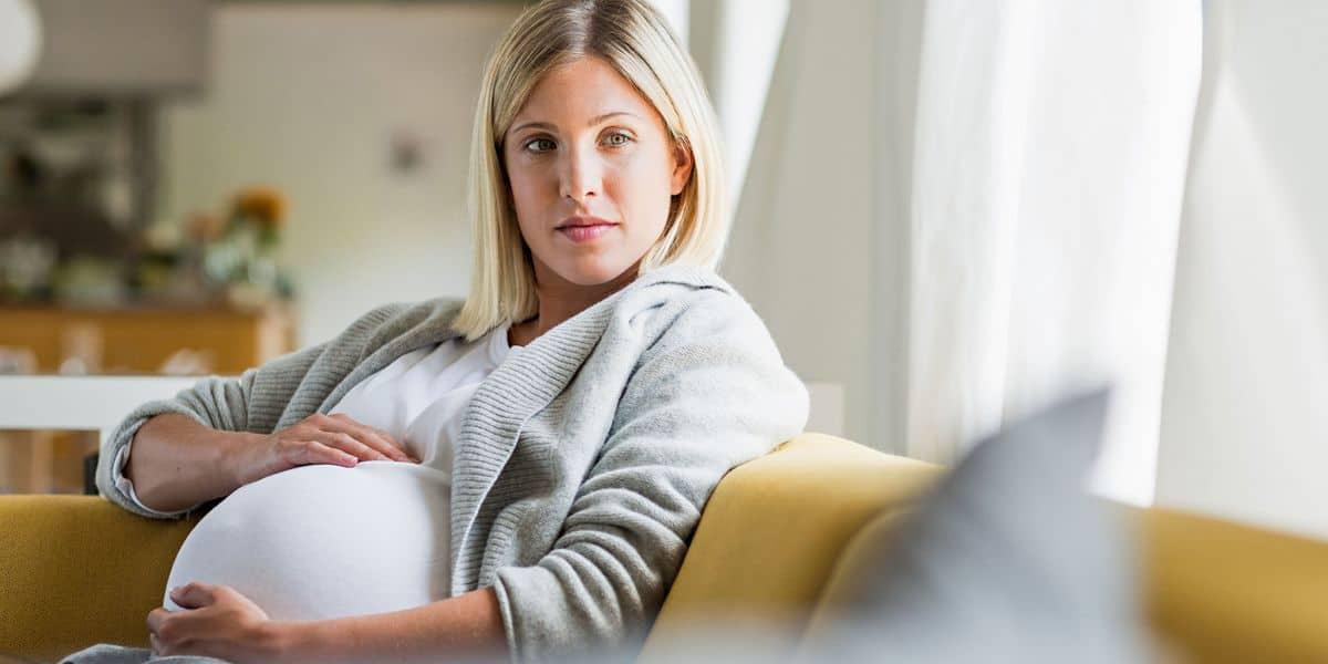 متى تبدأ حرقة المعدة عند الحامل