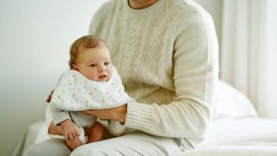 هل العطس طبيعي عند الرضع