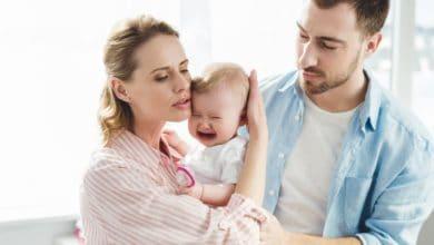 تجاربكم مع مغص الرضع