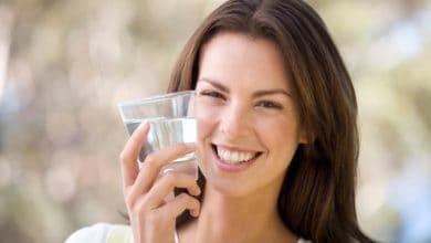 أضرار شرب الماء بعد الولادة القيصرية