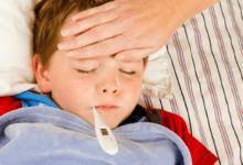 علاج السخونة عند الأطفال بالمنزل